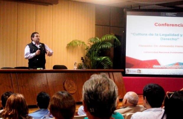 foto 2 conferencia magistrado cultura legalidad